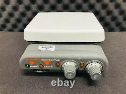 CORNING PC-420 Magnetic Laboratory Stirrer / Hot Plate Including Power Cord