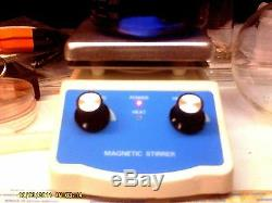 Lab hot plate with integrated magnetic stirrer. Dual controls