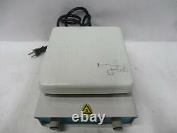 Magnetic Hot Plate Stirrer Lab Companion Model HP-3000 1,500 RPM/ 7x7
