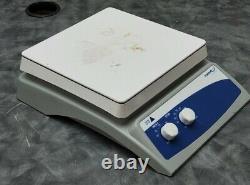 VWR 12365-418 10 X 10 GlassTop Magnetic Hot Plate Stirrer 500°C 1,600 RPM 120V